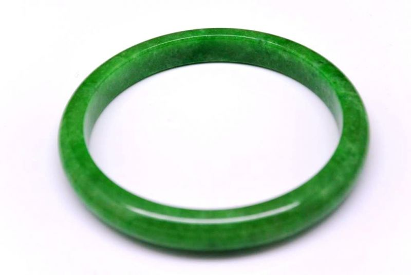Bracelet en Jade veritable Jonc catégorie A Vert 8854fbf4908b