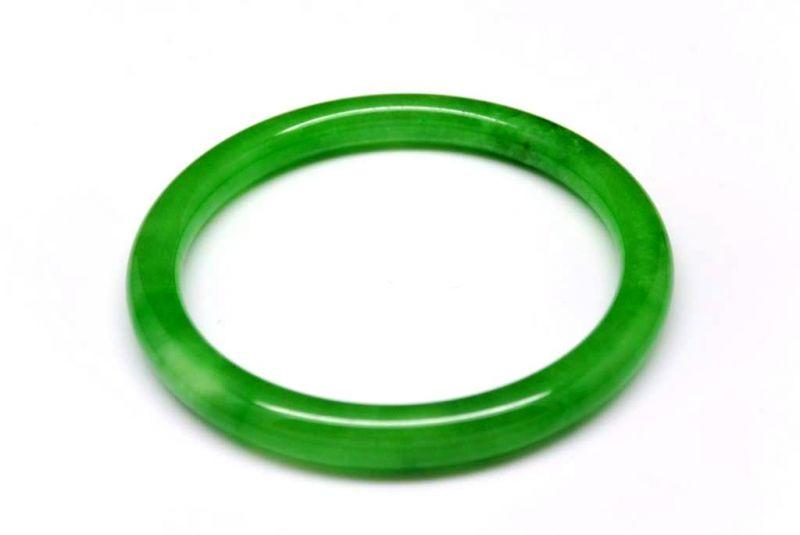 Bracelet en Jade Jonc catégorie A Vert impérial eb927a64345c