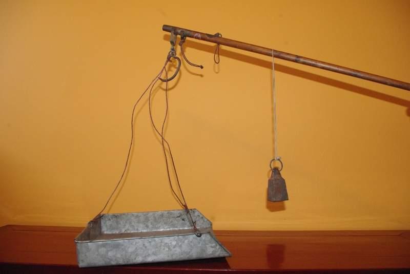 ancienne balance romaine ou balanche gancheng. Black Bedroom Furniture Sets. Home Design Ideas