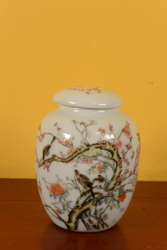 Small Porcelain Potiche - Colorful - Birds on the cherry tree