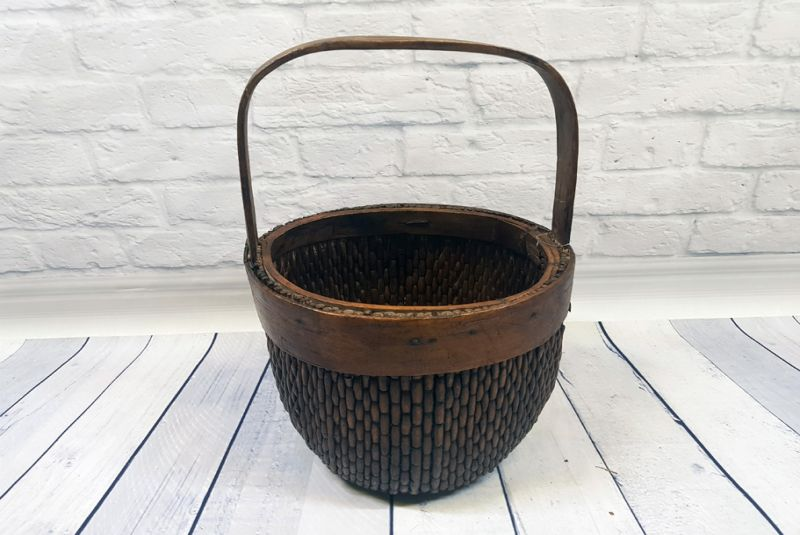Old Chinese box braided by hand - Basket weaving - Old little basket