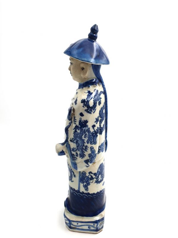 Chinese Adult Mandarin Statue in Porcelain 3