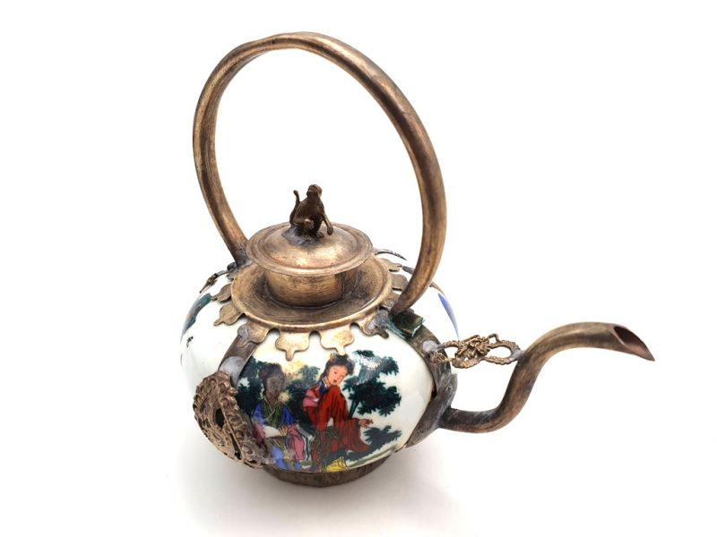 Chinese Porcelain Teapot Chinese Painting 3