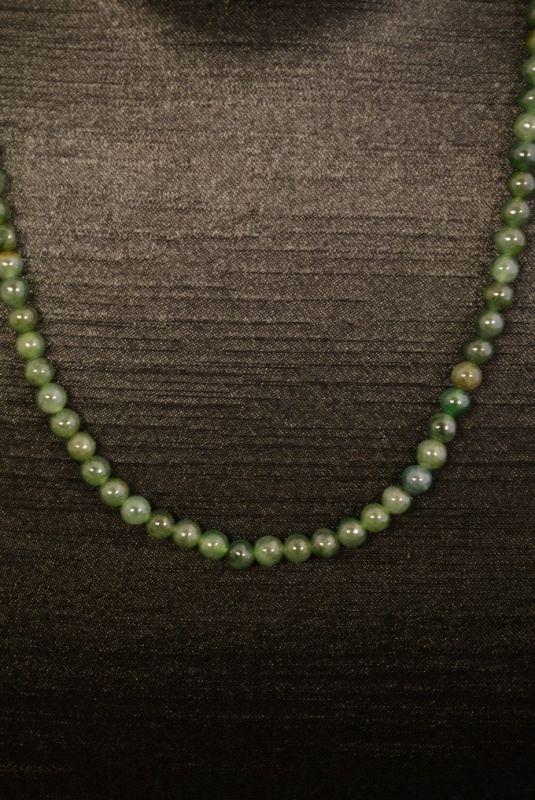 74be4a47ef54 Collar de Jade 100 Perlas de Jade Verde Oscuro 4