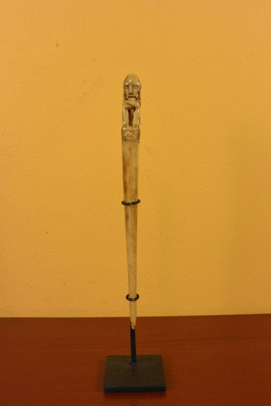 Indonesian Statue bone hairpin