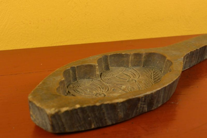 71a046702 Old Handcarved Wooden Mooncake Mold