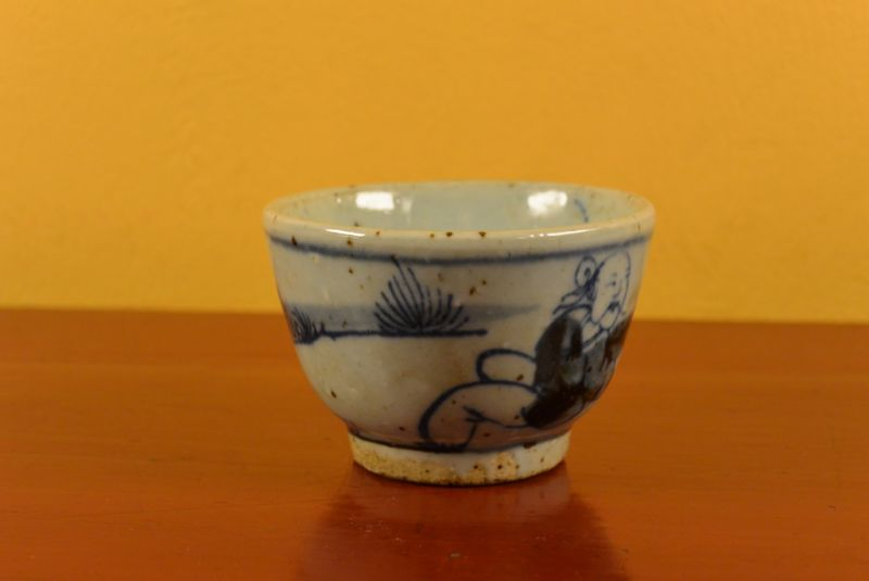 Small Chinese bowl or glass in porcelain Monk 3