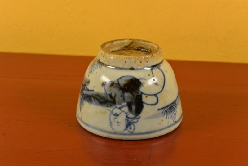 Small Chinese bowl or glass in porcelain Monk 5