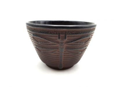 Small Chinese tea cup in cast iron - Dragonfly