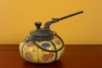 Chinese Porcelain Water Pipe - Yellow 2