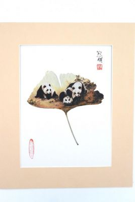Chinese painting on tree leaf - 3 Pandas