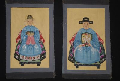 Small Chinese ancestors couple - Chinese Oil Painting - Sky Blue