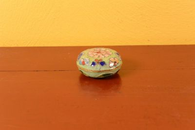 Very Small Chinese Cloisonné Enamel Box - Green Apple
