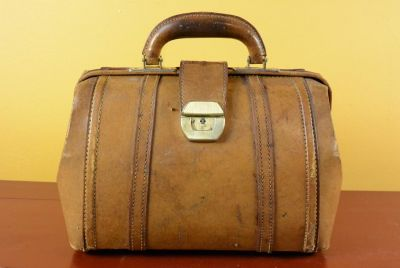 Old Chinese doctor bag - Year 70