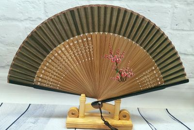 Asian Hand fan - Hand Painted - Cherry blossoms - Brown