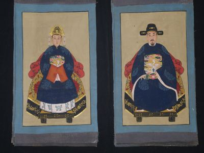 Small Chinese ancestors couple - Chinese Oil Painting - Navy Blue