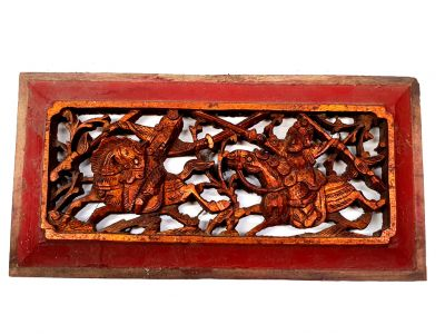 Old Wooden Panel Qing Dynasty Red and gold - Cavaliers in combat
