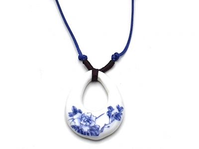 Ceramic jewelry White and Blue Collection - Necklace - China - Flowers