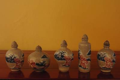 Chinese porcelain snuff bottle lot Shaolin monks