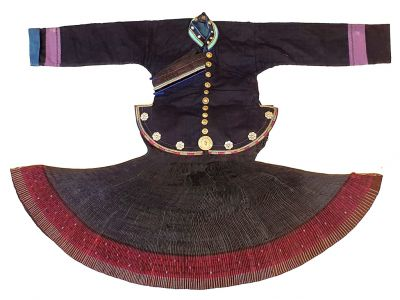 Old Chinese Miao Costume