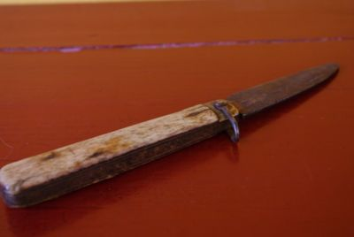 Old Chinese Knifr Bone