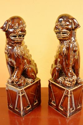 Fu Dog pair in porcelain
