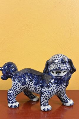 Fu Dog in porcelain White and Blue