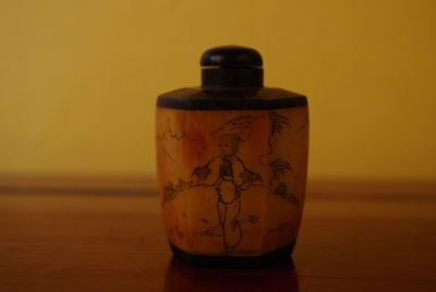 Chinese Snuff Bottle in Bone mountain