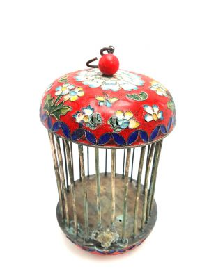 Large Metal Cloisonné Crickets Boxe Flower Red