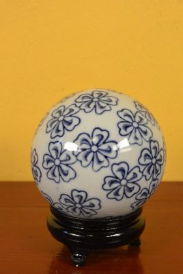 Porcelain Chinese Ball with Stand Flowers
