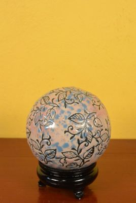 Porcelain Chinese Ball with Stand Leaves Roses