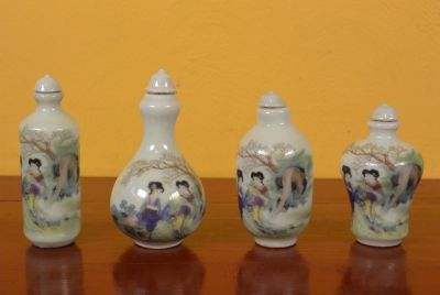 Chinese Chinese SnuffBottles Lot Court lady 1