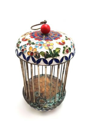 Large Metal Cloisonné Crickets Boxe White Flower