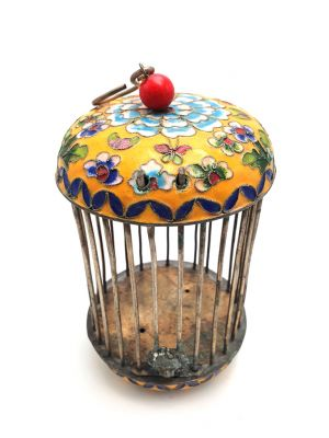 Large Metal Cloisonné Crickets Boxe Yellow Flower