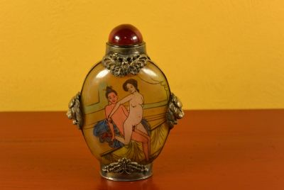Erotica Chinese Glass Snuff Bottle Kamasutra 2