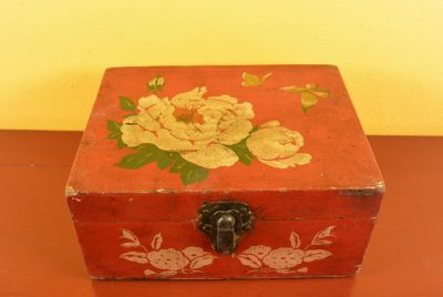 Old Chinese Chest Mao era