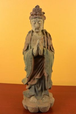 Asian wooden statue - Goddess Guanyin standing