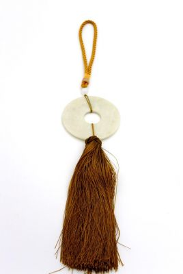 Feng Shui Chic Jade Tassel White and gold