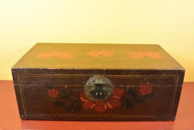 Old Chinese Chest - Flower
