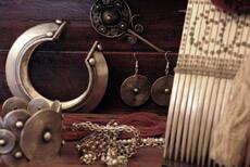 Bijoux ethniques des minorité - Bracelets ethniques - Colliers Ethniques - Pendentif Ethniques